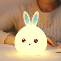 kaninchen nacht lichter großhandel-USB wiederaufladbare Sensitive Tap Control Schlafzimmer Licht Single Color und 7-Color Happy Rabbit Spielzeug Silikon LED Nachtlicht Lampe