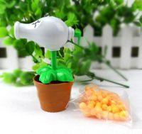 Wholesale Plants Vs Zombies Peashooter - PLANTS VS ZOMBIES 2 Toys White Peashooter Plastic Spring Toy Figure Display Toy