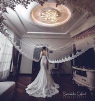 metre uzunluğunda beyaz düğün peçe toptan satış-Sıcak Satış Beyaz / Fildişi Aplike Tül Tarak Ile 3 Metre Uzun Gelin Kafa Veils Düğün Aksesuarları Dantel Gelin Peçe veu de noiva CPA068