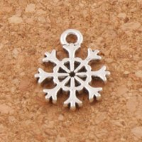 Wholesale Small Pendants Tibetan Silver - Small Snowflake Charms Pendants Fashion 400pcs lot Tibetan Silver Jewelry DIY Fit Bracelets Necklace Earrings L734 11x13.2mm
