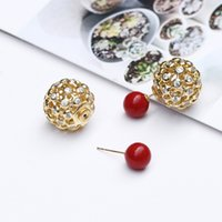 2017 NOVO 1 PCS diamante Stud Studs Moda Gold Plated Red Coral Stud Earrings Round bead Oco Stud Earrings frete grátis