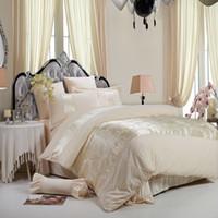 Wholesale velvet bedding sets - Wholesale- Satin Jacquard velvet Winter Thick Duvet cover sets 11 color Queen King size 4pcs Warm Bedding set bedclothes Bedsheet Bed linen