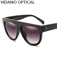 Vidano Optical Elegant Diamond Pearl Óculos de sol para mulheres Men Fashion Crystal Sun Glasses High Quality Flat Top Designer Shades UV400