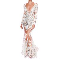 robe pleine longueur de célébrité blanche achat en gros de-Automne Piste Robe Femmes Haute Qualité Sirène À Manches Longues Plonger Célébrité Robe De Dentelle Blanche Pleine Longueur Voir à Travers Robe