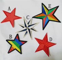 parches deportivos al por mayor-Al por mayor ~ 10 piezas de estilo punk Sport Five Rainbow Star Kids Patch parche fresco bordado apliques de hierro en el parche (AL)
