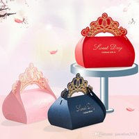 Wholesale Crown Housing - 2017 Wedding favor box 50pcs Gold Crown party candy box RED PINK BLUE chocolate gift box packing bags Event & Party Supplies
