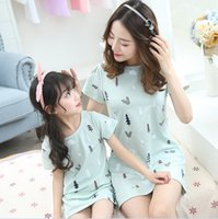 Wholesale Women Apparel Shirt - Cotton Short Sleeve Clothes Family Matching Outfits Look Clothing T-shirts Clothes Apparel Mother And Daughter Woman T-shirt