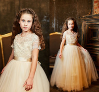 Wholesale Kids Vintage T Shirts - Lace Short Sleeves 2016 Ball Gown Flower Girl Dresses Vintage Kids Little Girl Wedding Dresses Cheap Pageant Dresses