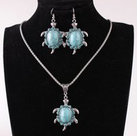 Wholesale Turquoise Jewelry Sold - Pendant necklace manufacturers selling hot style jewelry sets restoring ancient ways in Europe and the turquoise turtle alloy necklace suits
