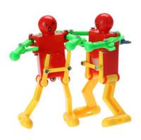 brinquedos de vento velhos venda por atacado-Robôs Brinquedos Clockwork Primavera Wind Up Toy Dança Robot Baby Toys para Crianças Toy Kids