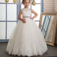 kızlar için uzun pembe elbiseler toptan satış-Kolsuz Kız Kutsal Communion Elbiseler Boncuklu Pembe Güzel Uzun Küçük Çiçek Kız Pageant Mezuniyet Elbiseleri Çocuklar Dantel Hem