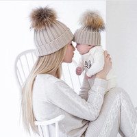2PCS set Famille Enfant hiver Knit Crochet Caps Faux Fur Beanie Hat Mère Fille Son Baby Boy Girl skullies ski Cap