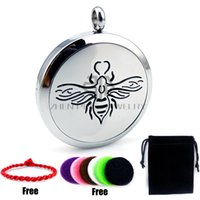 Wholesale Round String Necklace - Chain as gift! Round Silver Bee (30mm)Free Red String Bracelet and Pads Essential Oils Diffuser Locket Aromatherapy Diffuser Locket