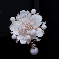 Wholesale Plum Blossom Brooch - Wholesale- Stunning Look White Mother of Pearl Flower Brooches CZ Marquise Rose Gold Plated Pistil Plum blossom Floral Pins Vintage Jewelry