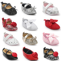 Wholesale Rose 31 - 31 Styles Baby First Walker Shoes 2017 Spring Autumn Baby Fashion Rose Flower Bow Princess Soft Sole Moccasin Flat Pointed Shoes Fee EMS