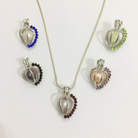 pingentes de contas coloridas venda por atacado-18KGP medalhão em forma de coração com pedras coloridas brilhantes, pode segurar uma 9mm pérola Bead Gaiola pingente de montagem, DIY fazer jóias