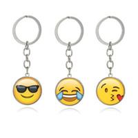 correntes chaves para a cara do menino venda por atacado-Moda Smiley Face chaveiro Emoji Emoção Chaveiros para Meninos e Meninas Presente de Natal Frete grátis