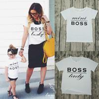 oğlu t gömlekleri toptan satış-Anne ve Kızı Elbise Aile Tshirt Baba Oğul Eşleştirme T Gömlek Moda Mektup Baskı Yaz Beyaz T-shirt Yeni