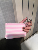 sıcak pembe makyaj çantası toptan satış-Sıcak Kadınlar pembe şerit ünlü marka vanity kozmetik durumda lüks makyaj organizatör çantası tuvalet debriyaj kılıfı butik sikke çanta VIP ...