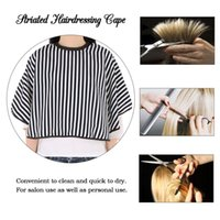 Striated Hairdressing Cape Ajustable Haircut Cortar el pelo Teñir Salón Delantal Paño Profesional Peluquero Styling Tools