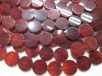 botones de piedras preciosas rojas al por mayor-Alta calidad 2 strands 20-38mm Red Agate piedras preciosas de ágata Brasil joyería Roundel disco botón moneda ágata cabujones granos de la joyería