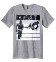 ali t shirt großhandel-Neues Muhammad Ali Joe Frazier Knockdown-Foto-T-Shirt für Mann-Hipster-Oansatz kausale coole Oberseiten