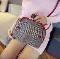 Wholesale Handbag Preppy Style Messenger Bag - Fashion 2015 new vutton handbag bag retro fashion Plaid canvas shell all-match small bag Messenger The single shoulder bag
