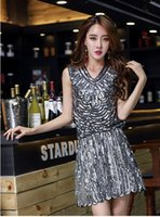 2017 New Europe Women and High-end Lluxury Heavy Beaded Fashion Sequins Dress Halter Dress Black Silver Blue Color
