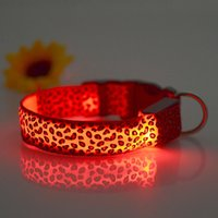 Sicurezza LED nylon Pet Dog LED lampeggiante In Dark Leopard Serie Collare 2,5 centimetri larghi Pet Products collare