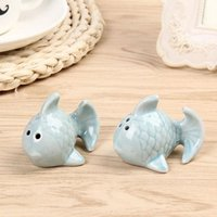 Wholesale Romantic Party Themes - Romantic Ceramic Kissing Fish Salt And Pepper Shakers Beach Theme Wedding Gifts Favor Party Supplies ZA4529