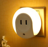Wholesale Dual Ce - Smart Design LED Night Light with Light Sensor and Dual USB Wall Plate Charger Perfect for Bathrooms Bedrooms Etc US plug new