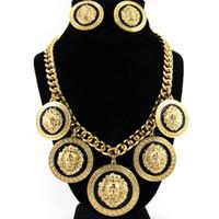 anhänger löwe großhandel-Mode Europa und die Vereinigten Staaten übertrieben hochwertige Legierung Löwenkopf Anhänger weiblichen Ohrringe Halskette Anzug