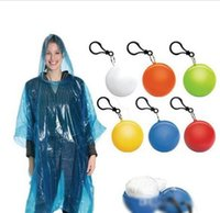 Wholesale Spherical Raincoat Plastic Ball Key Chain Disposable Portable Raincoats Rain Covers Travel Tour Trip Rain Coat Portable Adult Ball Raincoat