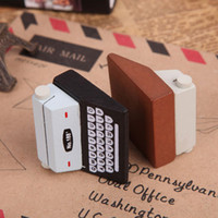 Wholesale memo clips photo holders for sale - Group buy Message Clip Creative Typewriter Shape Wooden Business Name Memo Pad Photo ID Credit Card Holder Home Office Supplies zy F R