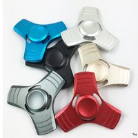 Wholesale United Toys - New fingertips gyro led fingertips spiral fingers between the triangle gyro United States HandSpinner decompression toys aluminum alloy