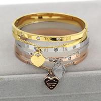 bagues en chiffres romains pour femmes achat en gros de-Les femmes en acier inoxydable de luxe bangle chiffres romains mode bracelets de bonne qualité bijoux en or rose pour dame, bague de fête