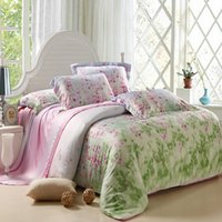 Wholesale Cotton Silk China - (6 Piece) Bedding Sets, manufacturer   supplier in China, offering Fashion Hotel  Home Cotton Bedding Set with Comforter Set.no9