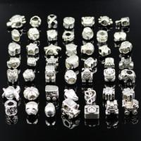 pandora tibet gümüşü toptan satış-Wolesale Karışık Stilleri Tibet Gümüş Boncuk Fit Pandora Orijinal Bilezik Kadınlar Takı