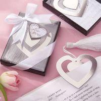 petits pendentifs de coeur en métal achat en gros de-Creux Double Coeur En Métal Signet Avec Glands Blanc Élégant Pendentif D'anniversaire De Mariage Creative Petits Cadeaux Partie Faveur 1 25ab F R