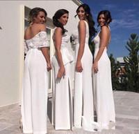 pantalones calientes vestidos al por mayor-Hot New V Neck Sexy Dama de honor vestido trajes trajes para el banquete de boda sin mangas de gasa de encaje Top Maid Of Honor Gowns