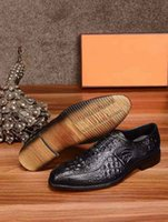 Wholesale Peacock Mens - Brand New H Mens Leather Dress Shoes Peacock Print Chaussure Office Loafers Shoes Lace-up Waterproof High Quality