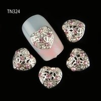 Al por mayor-10pcs Corazón de plata del metal Rhinestones 3d Nail Art Decorations, Aleación de uñas Stcikers Charms Joyería para uñas Gel / Polish Tools TN324