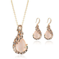 Wholesale vintage crystal jewellery - Vintage Rhinestone Bridal Jewelry New Fashion rose Gold Opal Crystal Peacock Necklace Earrings Wedding jewellery Set for women