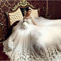 Wholesale vintage victorian lace - 2017 Romantic Victorian Wedding Dresses Scoop Vintage Long Sleeves Arabic Muslim Islamic Wedding Gowns Lace Appliques Bridal Dress