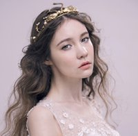 Wholesale Gold Tiaras For Sale - Unique Gold Wedding Bridal Headpieces With Swan Pattern 2017 Cheap Headbands For Special Occasion Baroque Crowns Tiaras For Pageant Hot Sale