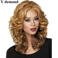 Wholesale Natural Blonde Celebrities - Long Fashion Wavy Ombre Blonde Wig Synthetic Full Afro Wigs For Black Women In Stock High Temperature Fiber Celebrity Wig