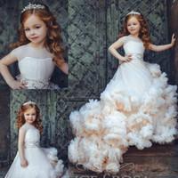 vestido de bege marfim menina flor venda por atacado-Nova Chegada Ruffled Flower Girl Vestidos Ocasião Especial Para Casamentos Plissada Crianças Pageant Vestidos de Baile Vestido De Tule Primeira Comunhão Vestido
