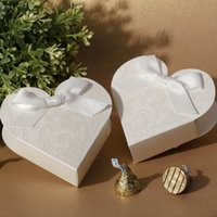 Wholesale Custom Packing Boxes - Brand Custom gift wrapping paper small love heart white gift wrap wedding packing Chocolate candy boxes free shipping