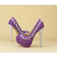 2017 Design mais novo Purple Pearl Bridal Wedding Shoes com saco de correspondência encantadora Delicate Handmake Stiletto Mulheres Party High Heels