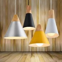 Wholesale Chandelier Table Light - Wholesale Wooden Nordic Restaurant Chandelier Bar Table Lamps Bedside Cafe Creative Personality Simple Single Head Pendant Lights